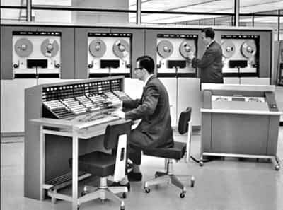 Old photo of IBM mainframe